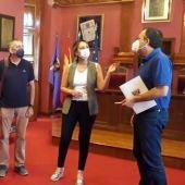 Los asistentes al encuentro en Villaviciosa
