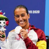 Perales sonriente con su medalla de plata en Tokio 2020