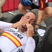 Sergio Garrote emocionado en la meta