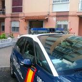 La Policía Nacional en el domicilio de la víctima
