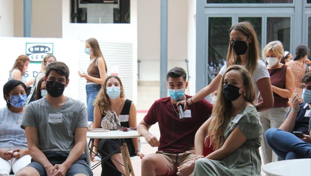 Estudiantes universitarios en el especial 'Más de uno' 11 S: Veinte años después