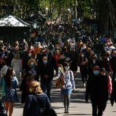 """Un 49 % de los españoles cree que """"no se puede confiar"""" en el Gobierno para gestionar de forma correcta los fondos europeos para la recuperación pospandemia"""