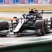 Bottas se lleva la 'pole' para la clasificación esprint. Sáinz, séptimo y Fernando Alonso, decimotercero