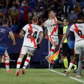 Sergi Guardiola marca en su debut con el Rayo e impide al Levante sumar su primer triunfo