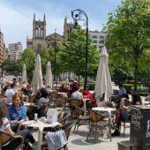 Terrazas hosteleras en el Paseo de Begoña en Gijón