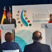 Ximo Puig y Yolanda Díaz en la presentación del 'Foro 5+5'