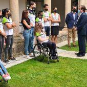El presidente de la Junta, recibe a los Olímpicos y Paralímpicos extremeños