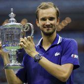 Medvedev derrota a Djokovic que se queda a un paso de ganar el US Open