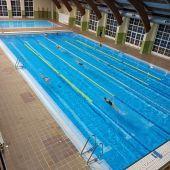 Aguilar retoma las actividades en las piscinas climatizadas