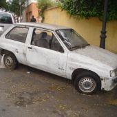 La policía local retirará los vehículos abandonados en la vía pública