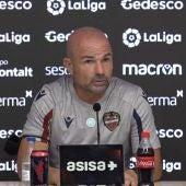 Paco López en rueda de prensa