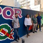 Cultura homenajea a la Semana Santa con un mural diseñado por Alfonso Ortuño y realizado por Mario García y Mariano Sáez