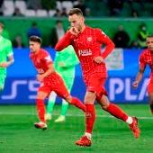 Rakitic celebra un gol ante el Wolfsburgo