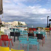 El hotel INNSiDE by Meliá Calviá Beach acoge la primera edición del festival 'Literatura Expandida a Magaluf' que se celebra en Calvià