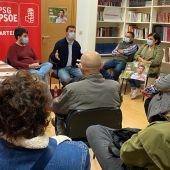 Gonzalo Caballero preséntase como garante dun proxecto de esquerdas fronte a Valentín González Formoso. Imaxe cedida polo equipo de campaña.