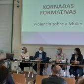 Emilio González subliña a importancia da formación especializada en violencia de xénero