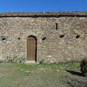 Amigos de Serrablo repara el tejado de la ermita de San Juan de Espierre