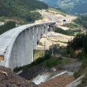 Bilbao y Vitoria exigen a Madrid la entrada soterrada del TAV en las capitales vascas