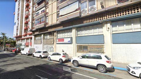 Local del edificio de los 'pisos azules' al que se va a trasladar las dependencias del área de Urbanismo de Elche.