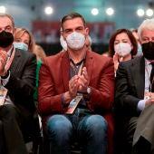 José Luis Rodríguez Zapatero, Pedro Sánchez y Felipe González en el 40º Congreso Federal del PSOE