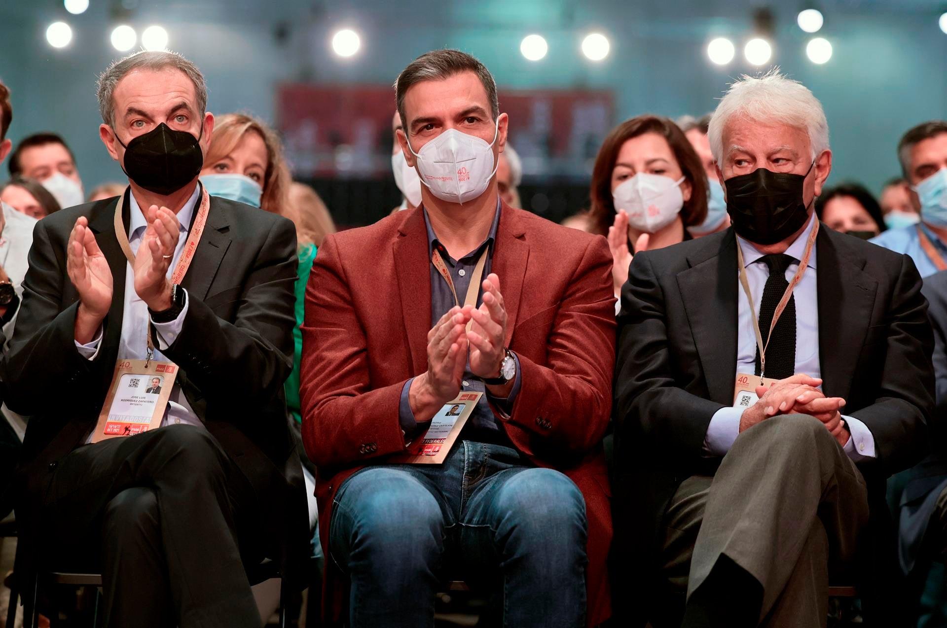 Tertulia: ¿Existe un viraje real de Pedro Sánchez hacia el centro político?