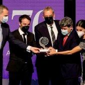 Carmen Mola gana el premio Planeta 2021; Paloma Sánchez-Garnica, finalista