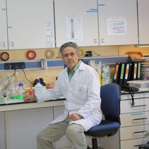 Emlio Alba, oncólogo
