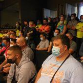 Asamblea de trabajadores de limpieza viaria reunida en la sede de Comisiones Obreras en Palma