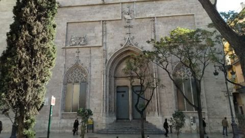 Fachada de la Lonja de València.
