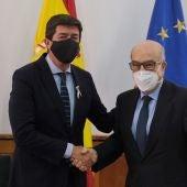 Juan Marín y Carmelo Ezpeleta, reunidos en Sevilla