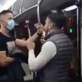 La Policía Nacional continúa buscando al autor de la agresión a un inspector en un autobús