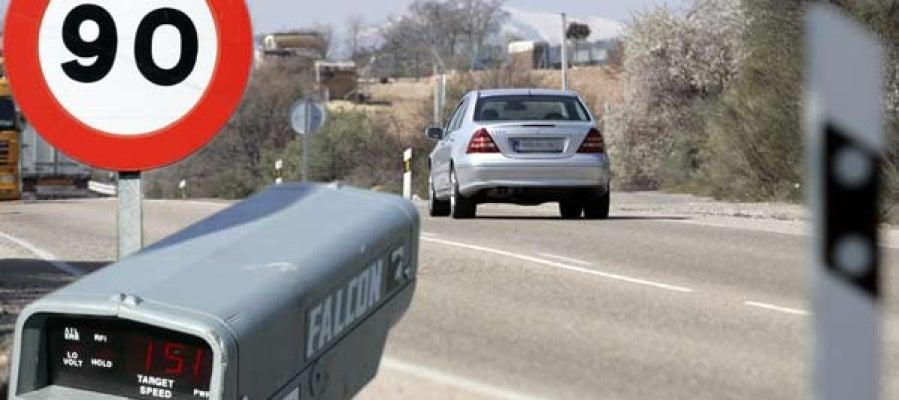 Límite de 90 km/h en carreteras convencionales