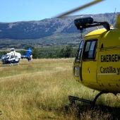Miembros del Servicio de Emergencias 112 de Castilla y León en un accidente