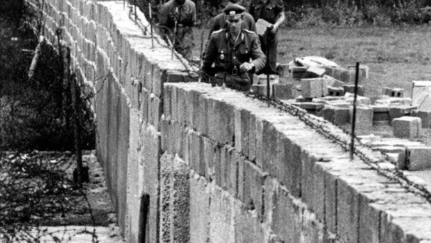 """Fernando Cervera y el producto milagroso con polvos del Muro de Berlín: """"Hay mucha gente que cree en estas cosas"""""""