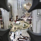 Vista general del interior de la Catedral de La Almudena en Madrid