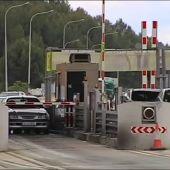 Los trasportistas reclaman peajes gratuitos tras ser obligados a circular por la autopista