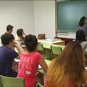 Profesores de Castilla-La Mancha denuncian el programa de clases particulares gratuitas de la Junta