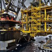 Plataforma de procesos del proyecto Castor frente a las costas de Vinaròs.