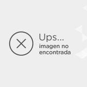 Uno de los trucos del rodaje (en realidad los coches no saltan por los aires)