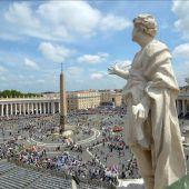 Miles de peregrinos llegan a la Ciudad del Vaticano