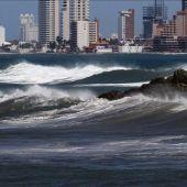 El Servicio Meteorológico de México establece una zona de vigilancia por el huracán Vance