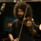 Ara Malikian tocando el violín
