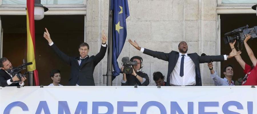 El Real Madrid de baloncesto ofrece el título a su afición