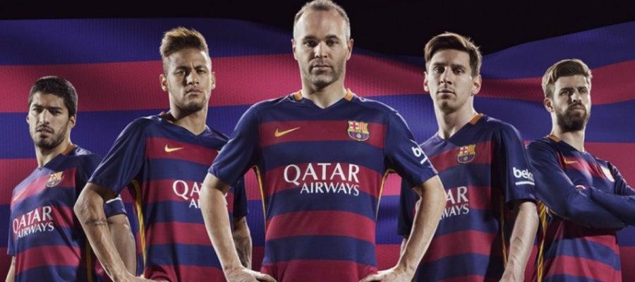 Camiseta con las rayas horizontales del Barcelona