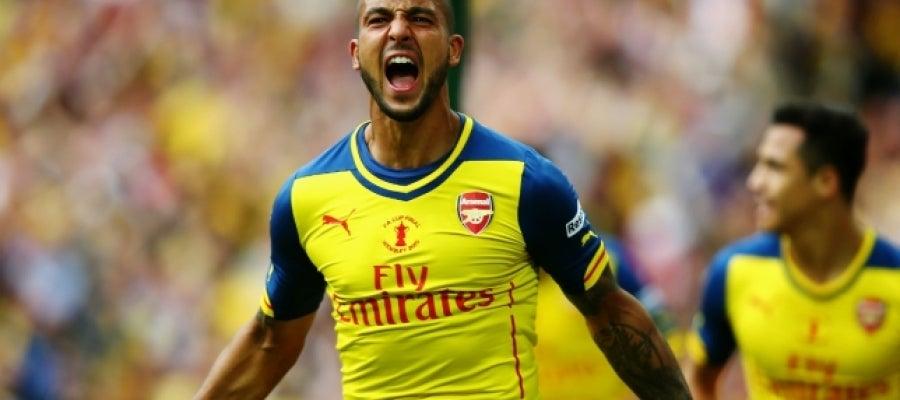 Theo Walcott celebra un gol con el Arsenal |