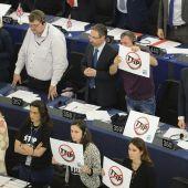 Protesta en el Parlamento Europeo contra el TTIP