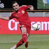 Paco Alcácer anota con la selección