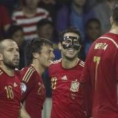 España celebra el gol de David Silva ante Bielorrusia
