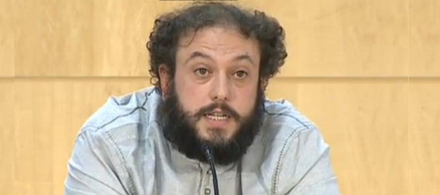 Guillermo Zapata anuncia su dimisión y pide perdón a las víctimas