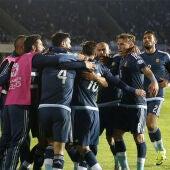 Argentina celebra el gol ante Uruguay